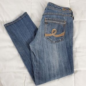 Seven7 cropped Jean's